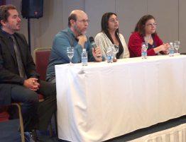Mesa de discussão com os médicos Rogério Panizzutti, Jerson Laks, Beatrice Carvalho e Marli Borborema